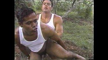 Gentlemens-gay - MountingTheBigOne - scene 2