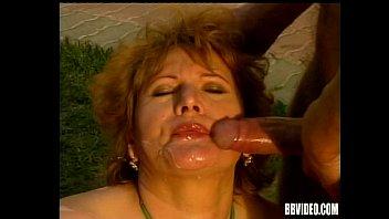 Mature woman gets DP 8 min