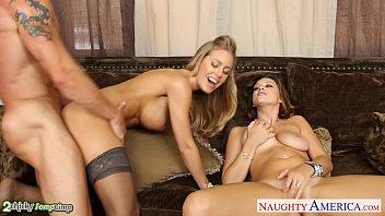Hot chicks Carmen McCarthy and Nicole Aniston share cock