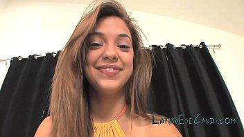 Latina Teen Glazing 12 min