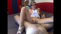 Amateur mom is a hot whore 36 min