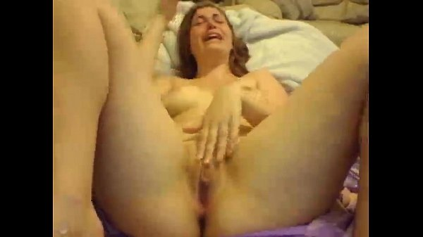 AwesomeKate - First Squirt Ever!!! 11 min