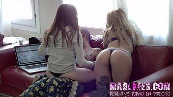 Aris Dark y Natty Mellow CHATEAN en directo con todo el publico del Reality Show Porno de Madlifes.c