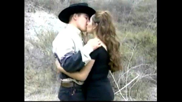Una puta caliente y golosa, porno mexicano.