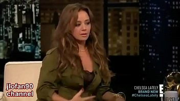 Leah Remini - Thick Booty Jiggling