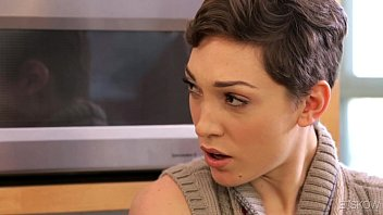 India Summer joins to Lily LaBeau and Steve