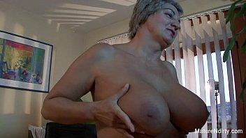Mature slut gets cum on her huge tits 7 min