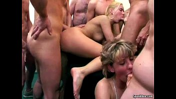 Granny cleans up cum from hot blonde babe 7 min