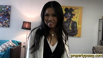 Asian real estate agent fucks her client during the showing 7 min
