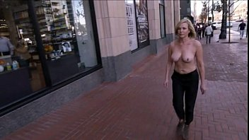 Chelsea Handler - Chelsea Does Silicon Valley 25 sec