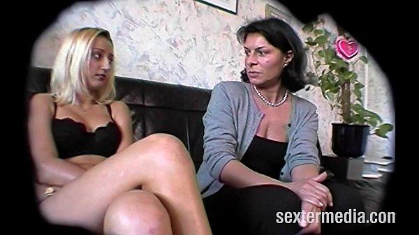 Monica und Irina - Perverse Piss Spiele