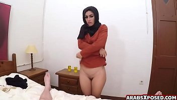 Muslim arab woman cries out loud 6 min