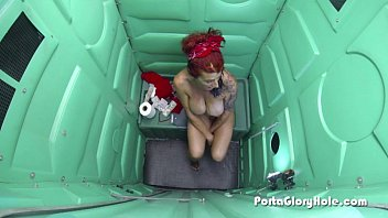 Porta Gloryhole Mature redhead tries to suck dick