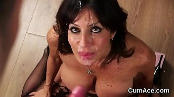 Hot model gets cumshot on her face gulping all the love juice