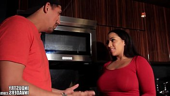 Indian Latina Maid makes up for not cooking 20 min