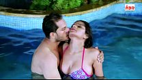 Shruti Bhabhi in Pool with Boss 10 min