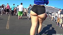 Candid -  Spicy Pawg in Hotpants showing her Underbun 92 sec