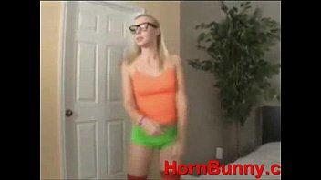 dad teaches daughter - Videos - HornBunny (new)