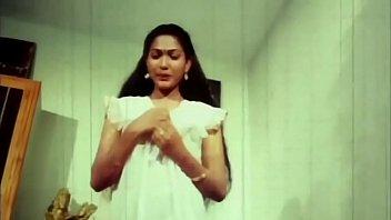 Telugu Hot Actress Hema aunty Romance in night dress earlydays 3 min
