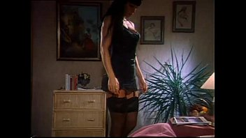 Italian vintage anal porn with Valentine Demy 11 min
