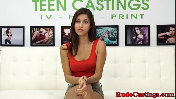 Amateur beauty hardfucked at casting