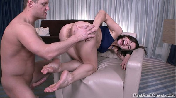 Teen Mari Moore fucked in the ass with big cock – First Anal Quest!