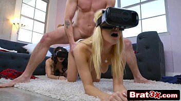 Teens Stoney Lynn & Rosyln Belle Tricked Kinky Sex with VR Goggles On