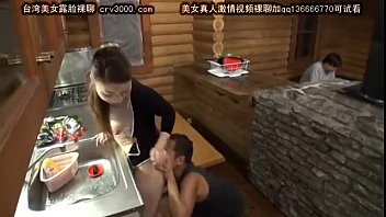 japan mature wife cuckold next to husband --full video openload.co/f/3JpaJZCUYS8 24 min