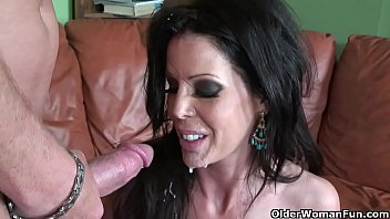Skinny milf Tabitha Stevens gets fucked and facialized