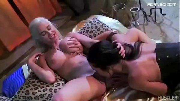 Daenerys Targaryen lesbian sex with the slave in Game of Thrones parody
