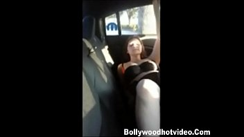 desi Sexy Girl Getting fucked in car