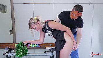 Big-ass cheerleader in braces gets nasty ass-to-mouth treatment