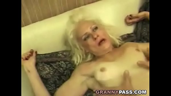 Squirting Granny Takes Rough Fucking 7 min