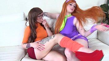 COSPLAY BABES Scooby Doo sluts Daphne and Velma eat pussy 10 min