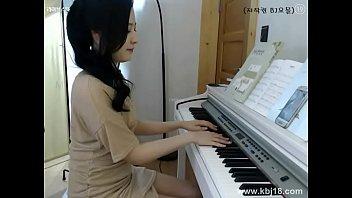 Cute korean Girl Masturbate - More https://bom.to/im7bsMH8fjNC