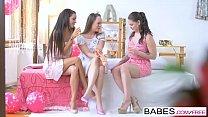 Babes - ( BlueAngel, CleaGaultier) - Babes loves Bachelorettes