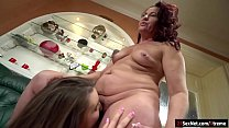 Ella Rose licks mature Red Marys pussy and is licked as well