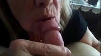 La abuela tomando su leche 57 sec