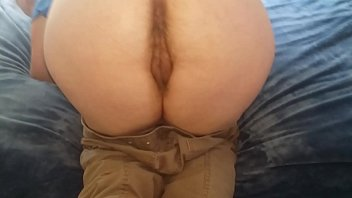 Mature with wide hips gets fucked doggystyle 3 min