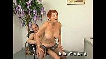Rothaarige Oma gefickt und besamt 26 min