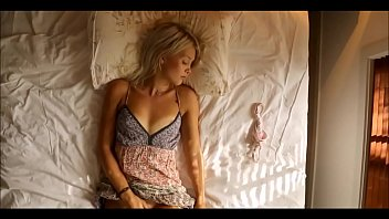 Masturbation sexy young blonde - xhotpornx.com