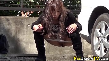 Watched asian babe pisses