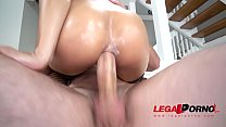 Holly Hendrix Receiving Anal Fucking by Both Genders