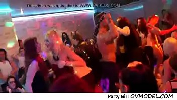 These girls like to party Tubzers.xyz