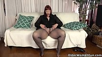 USA milf Scarlett shows us her nyloned wide hips and more 12 min
