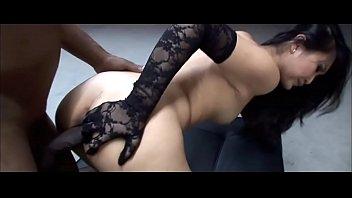 Petite Asian Pornstar Evelyn Lin Worships Big Black Cock