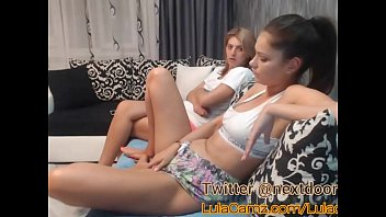 Hot Lesbian Plays With Her Friend on Cam Then Squirts 80 min