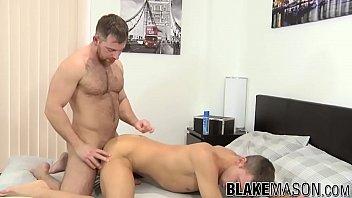 Beefy deviant sucks off hung jock before fucking his ass