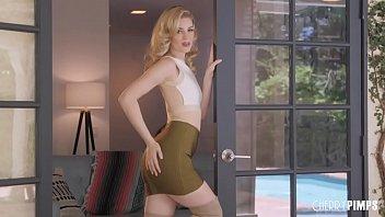 Charlotte Stokely Unzips Her Skirt 4 min