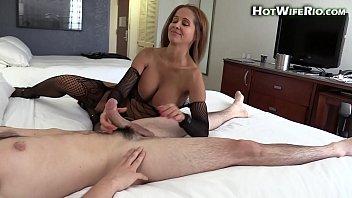 hot wife rio fucking a big cock in a hotel 7 min